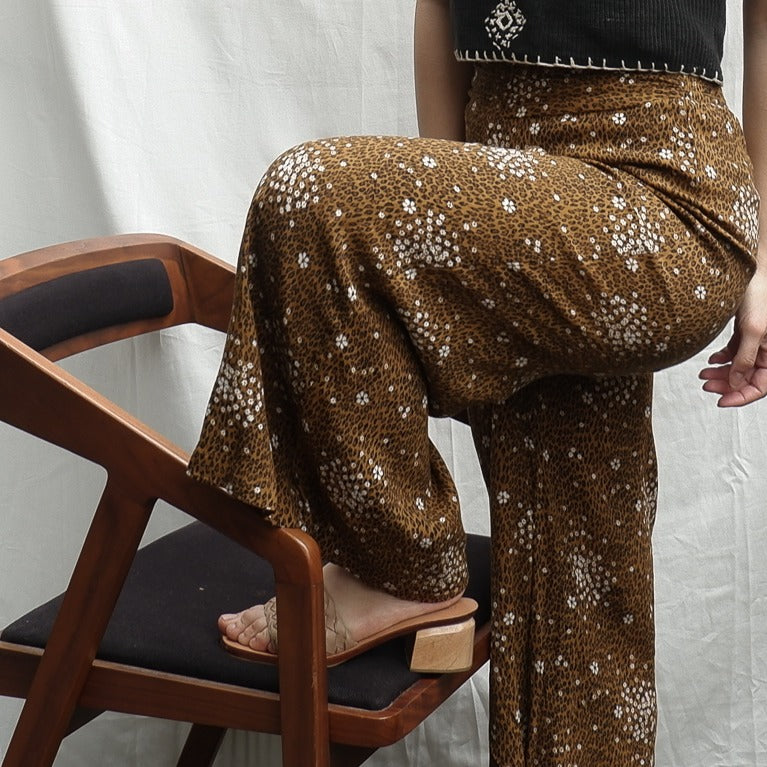 Free People - Floral & Cheetah Print Flowy Pants