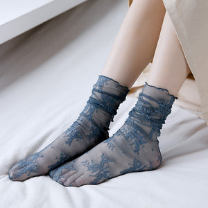 Lace Flower Summer Hollow Mesh Breathable Elastic Casual Girls Short Socks - chicstocking