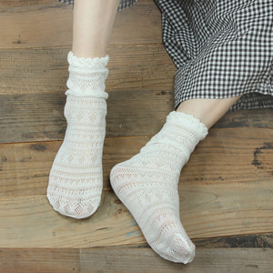 Solid Color Mesh Breathable Loose Short Socks - chicstocking
