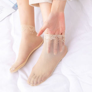 Solid Color Lace Flower Hollow Mesh Short Socks - chicstocking