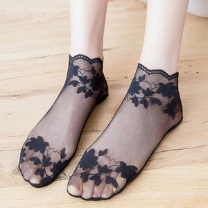 Summer Ultra Thin Lace Flower Wave Edge Mesh Transparent Low Cut Ankle Invisible Socks