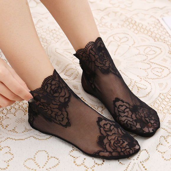 Luxurious Gauze Lace Flower Women No Show Ankle Invisible Socks - chicstocking
