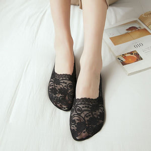 Lace Flower Hollow Mesh No Show Ankle Invisible Socks - chicstocking