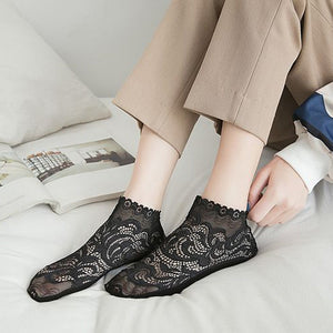 Retro Lace Flower Mesh No Show Ankle Invisible Socks - chicstocking