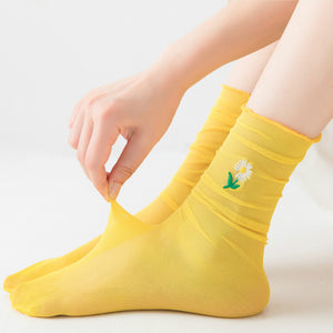 Summer Sweet Ultra Thin Daisy Mesh Elasticity Loose Socks
