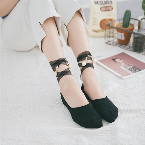 Pearl Lacing Black Short Socks - chicstocking