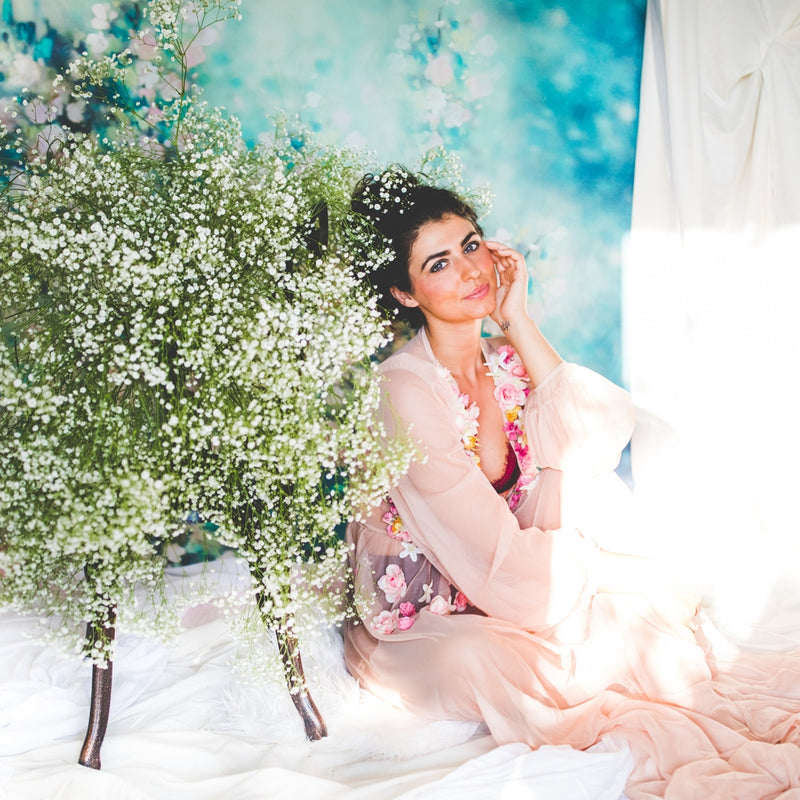 A Fine Art Portrait Session Full of Baby's Breath | Photographs by Lissa Chandler