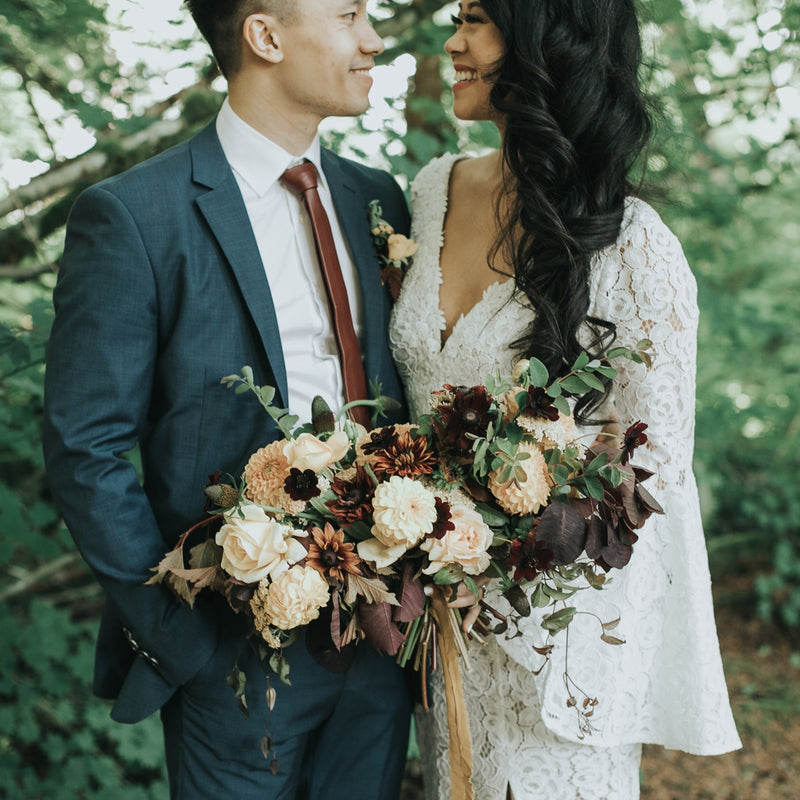 A 1970s Inspiration Shoot in the Seattle Woods | Planned by Tapestry Events