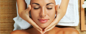 FACIAL MASSAGE: A HOLISTIC ANTI-AGEING TREAT!