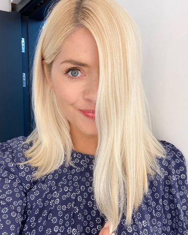 Holly Willoughby with long blonde hair (Credit: instagram/ Holly Willoughby)