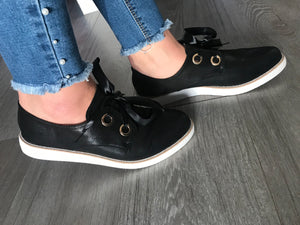 Ribbon Lace Up Shoes