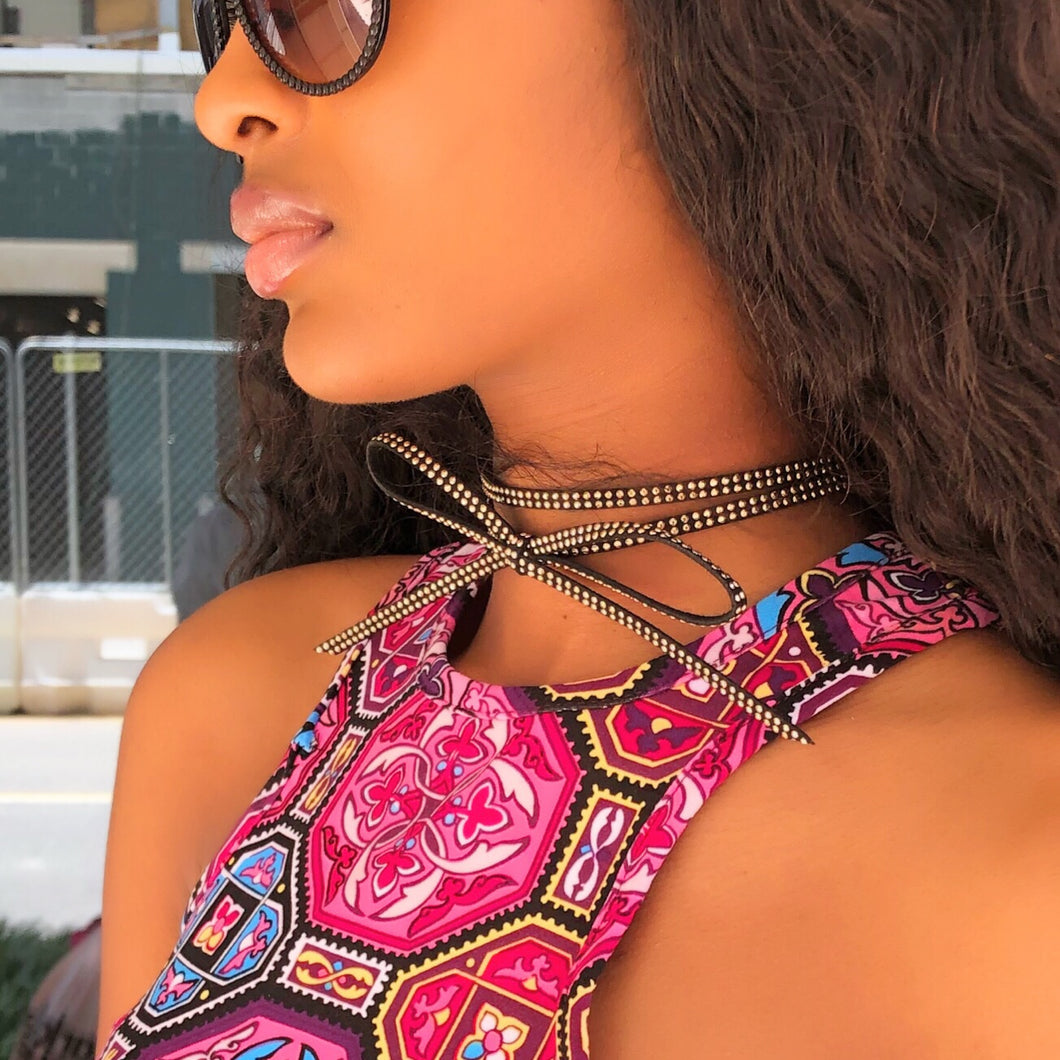 THE BOW CHOKER