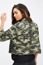 Load image into Gallery viewer, Ryann Camo Jacket