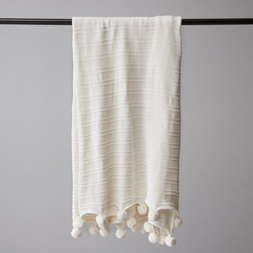 Ivory Trendy Throw