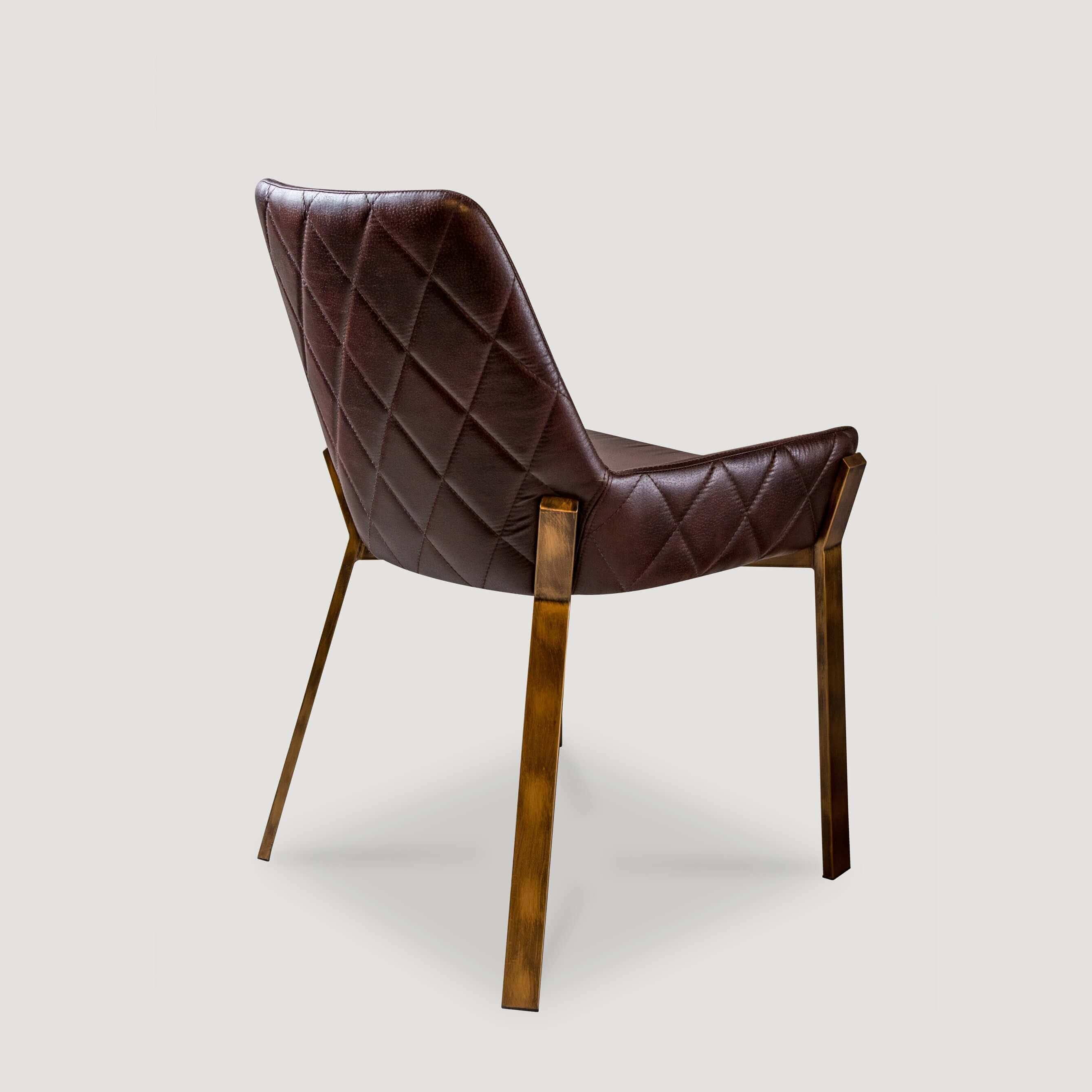 Arya Chair