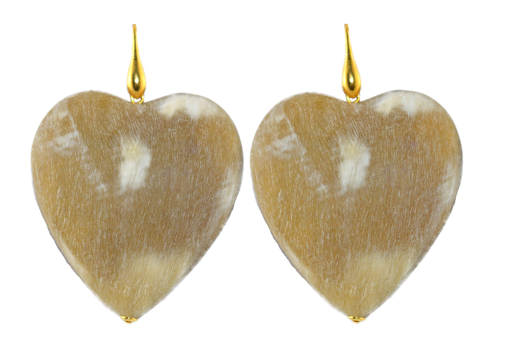 Bold Hearts Horn Natural | Horn Earrings