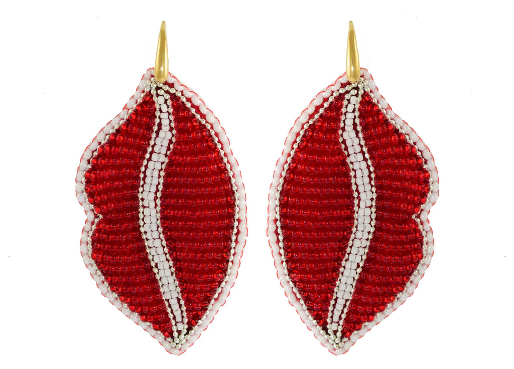 Throw me a kiss | PatchArt Earrings