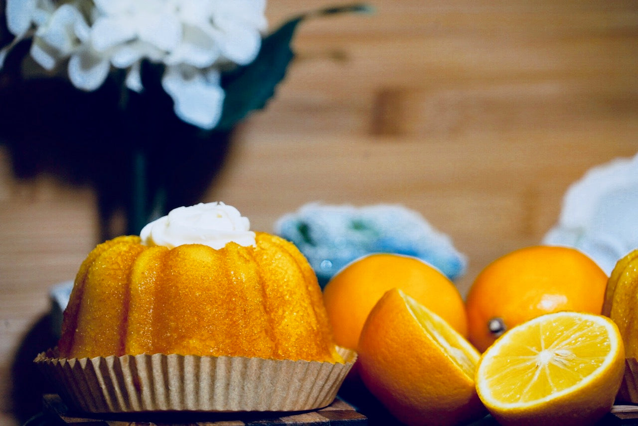 lemon bundt cake with lemon cream cheese frosting