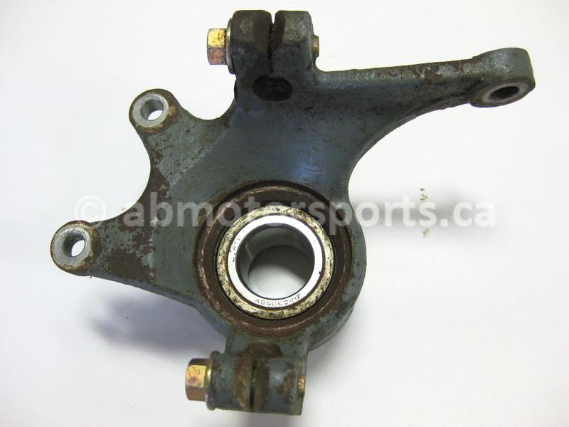 Used Arctic Cat ATV 1000 MUD PRO OEM part # 0505-578 front right knuckle for sale