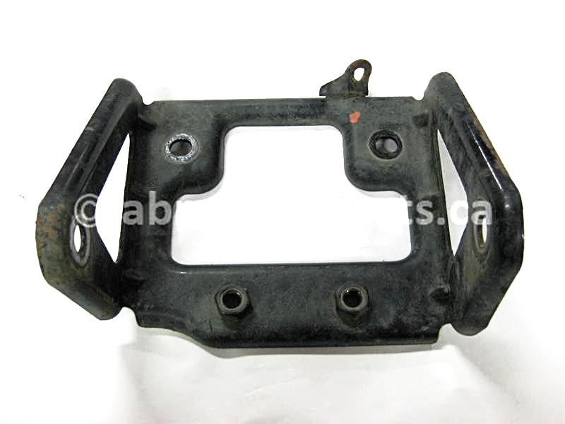 Used Arctic Cat ATV 650 V-TWIN FIS AUTO OEM part # 1506-314 engine bracket for sale