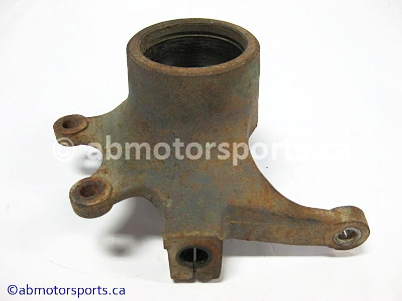 Used Arctic Cat ATV 700 H1 4x4 OEM part # 0505-460 front right knuckle for sale