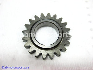 Used Arctic Cat ATV 500 AUTO FIS OEM part # 3402-390 drive gear for sale