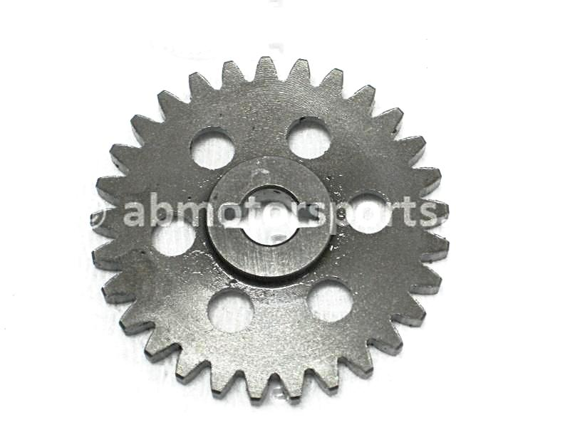 Used Arctic Cat ATV 500 4X4 AUTO OEM part # 3402-026 driven gear for sale