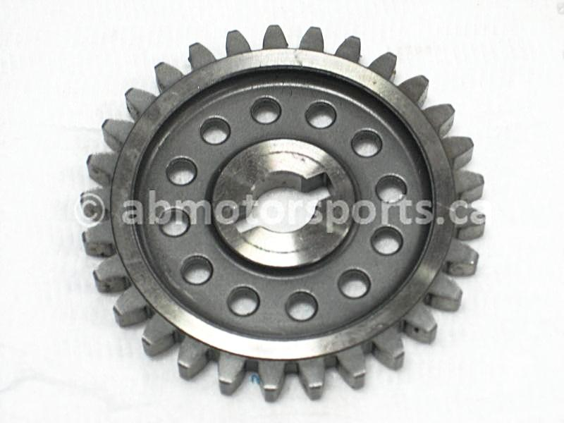 Used Arctic Cat ATV 500 4X4 AUTO OEM part # 3402-463 driven gear for sale