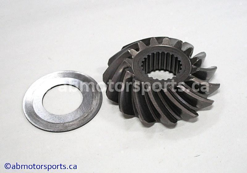 Used Arctic Cat ATV 500 AUTO FIS OEM part # 3402-738 secondary drive gear for sale