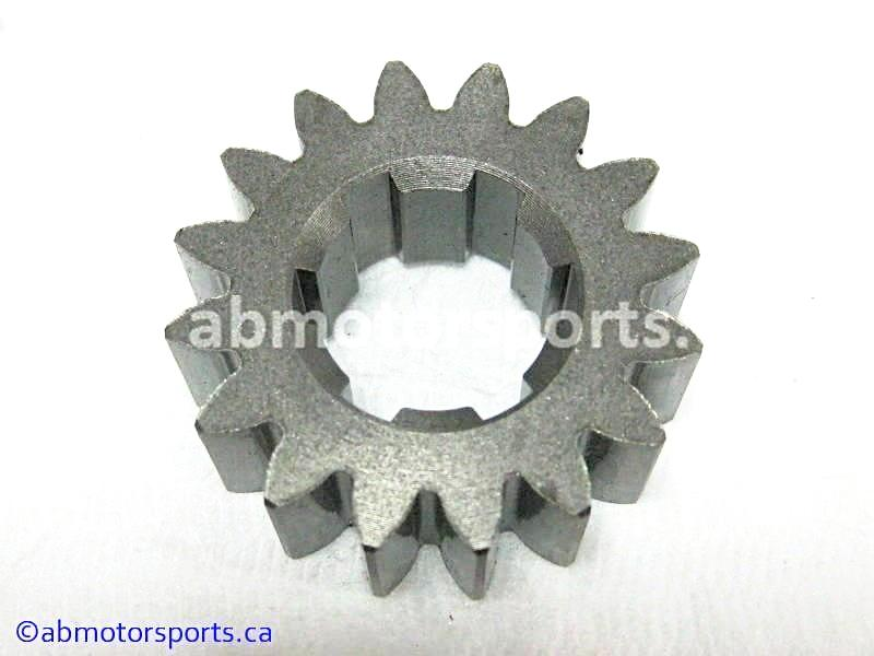 Used Arctic Cat ATV 500 AUTO FIS OEM part # 3402-497 drive gear for sale