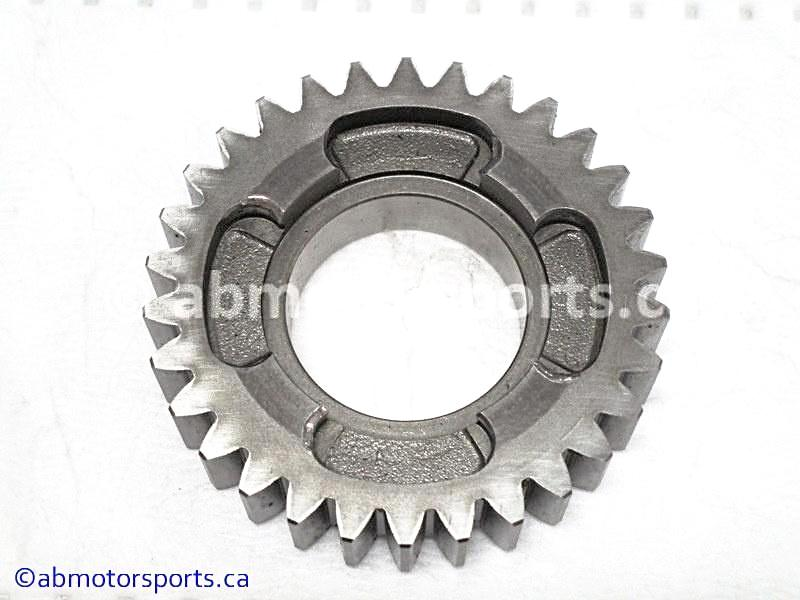 Used Arctic Cat ATV 500 AUTO FIS OEM part # 3402-733 high driven gear for sale