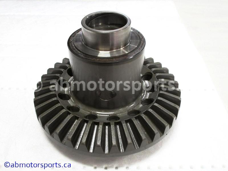 Used Arctic Cat ATV 500 AUTO FIS OEM part # 0502-411 ring gear for sale