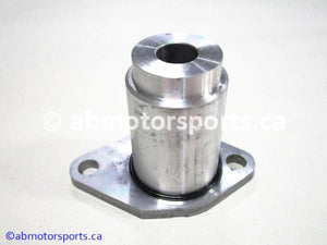 Used Arctic Cat Snow MOUNTAIN CAT 900 OEM part # 3005-884 oil pump retainer for sale