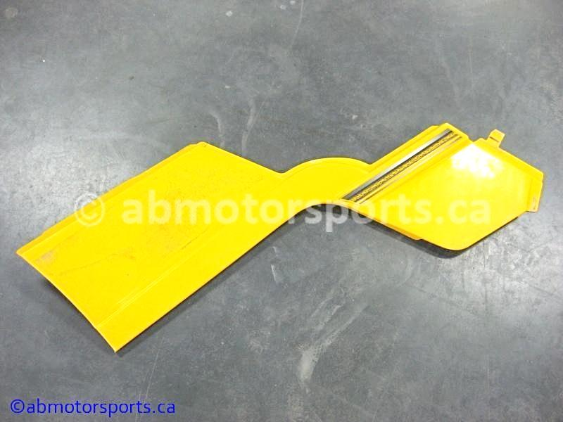Used Can Am ATV OUTLANDER MAX 400 OEM part # 705000916 left side panel for sale