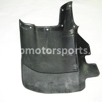 Used Honda ATV TRX 350 FM2 OEM part # 61863-HN5-670ZA front right mud guard for sale