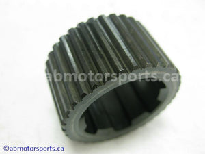 Used Honda ATV TRX 300 FW OEM part # 23413-HA7-670 spline collar for sale