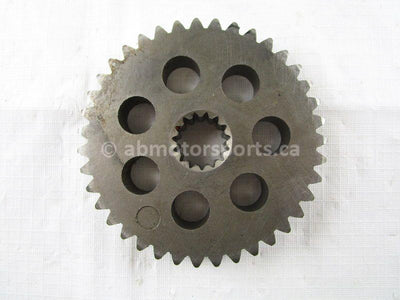 A used Lower Chain Driven Sprocket 39T from a 1997 MOUNTAIN MAX 600 Yamaha OEM Part # 89J-47587-90-00 for sale. Yamaha snowmobile parts!