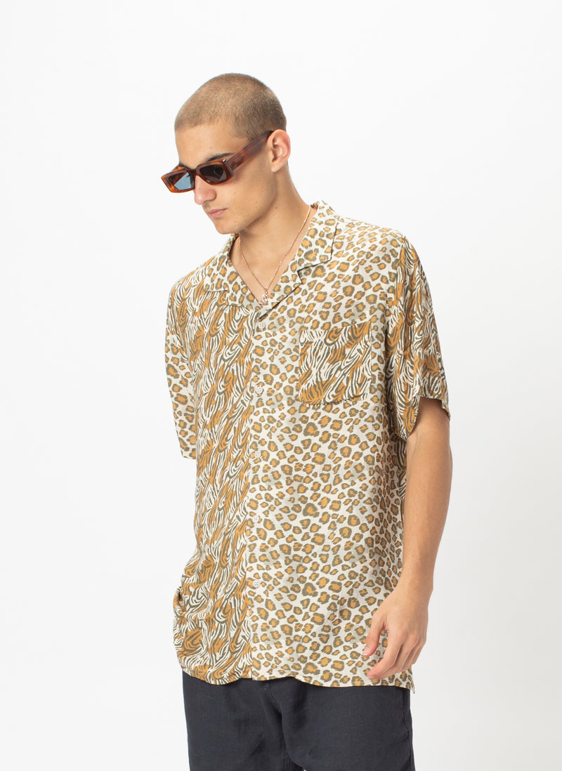 Holiday Camp-Collar Shirt Safari