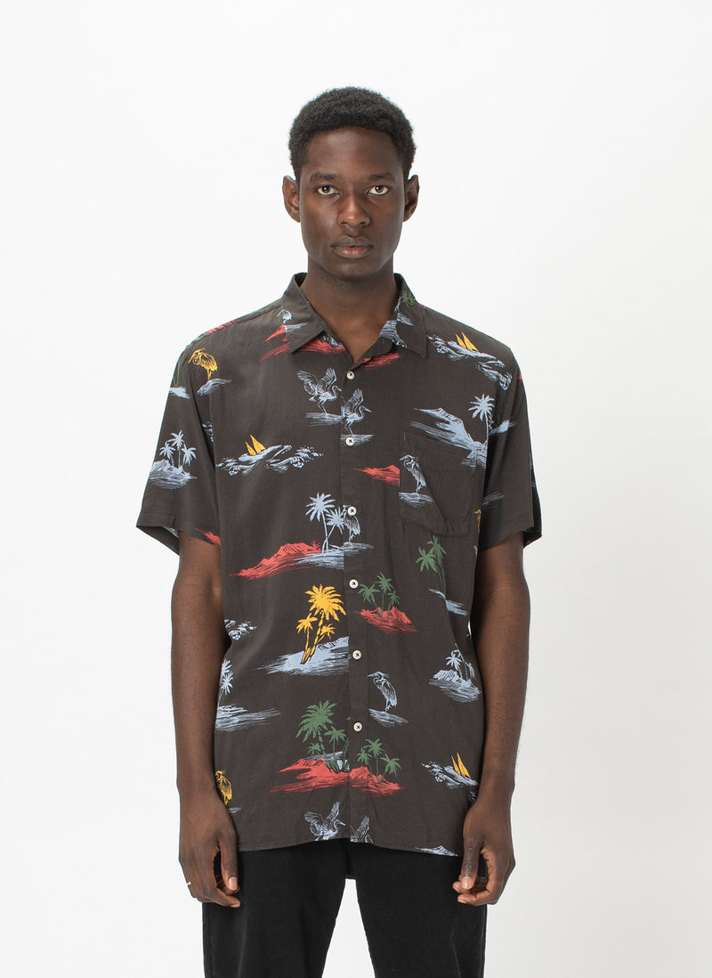 Holiday Short-Sleeve Shirt Black Islands