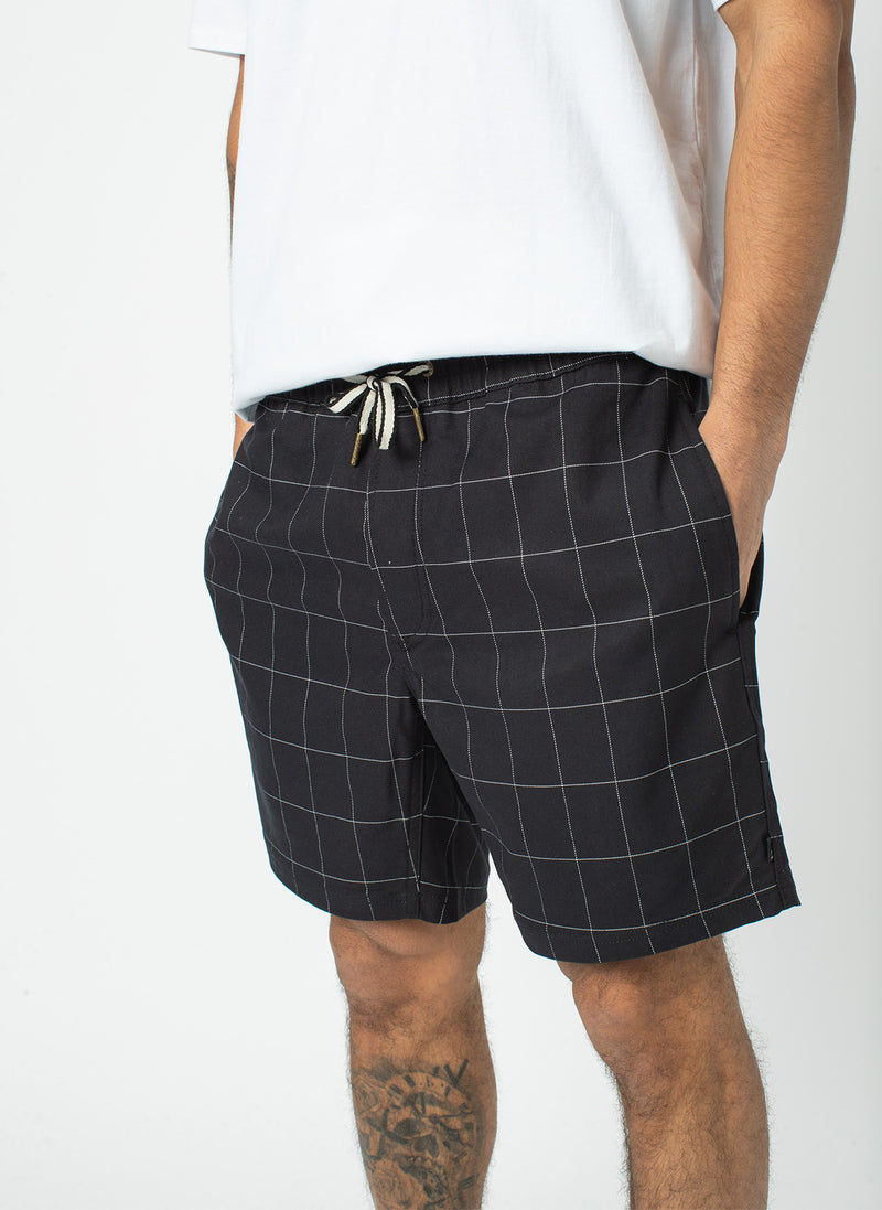 "Poolside 17"" Short Black Check"
