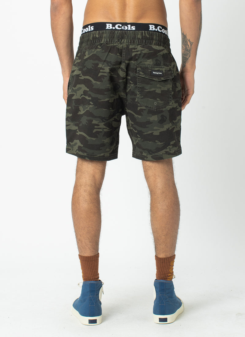 "Poolside 17"" Short Dark Camo"