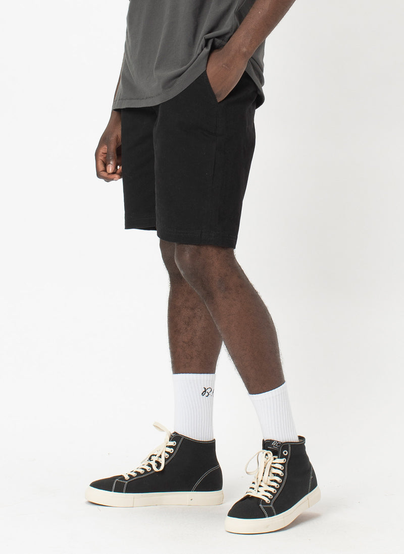 B.Relaxed Short Black