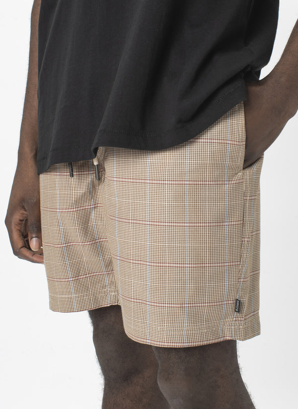 "Poolside 17"" Short Houndstooth"