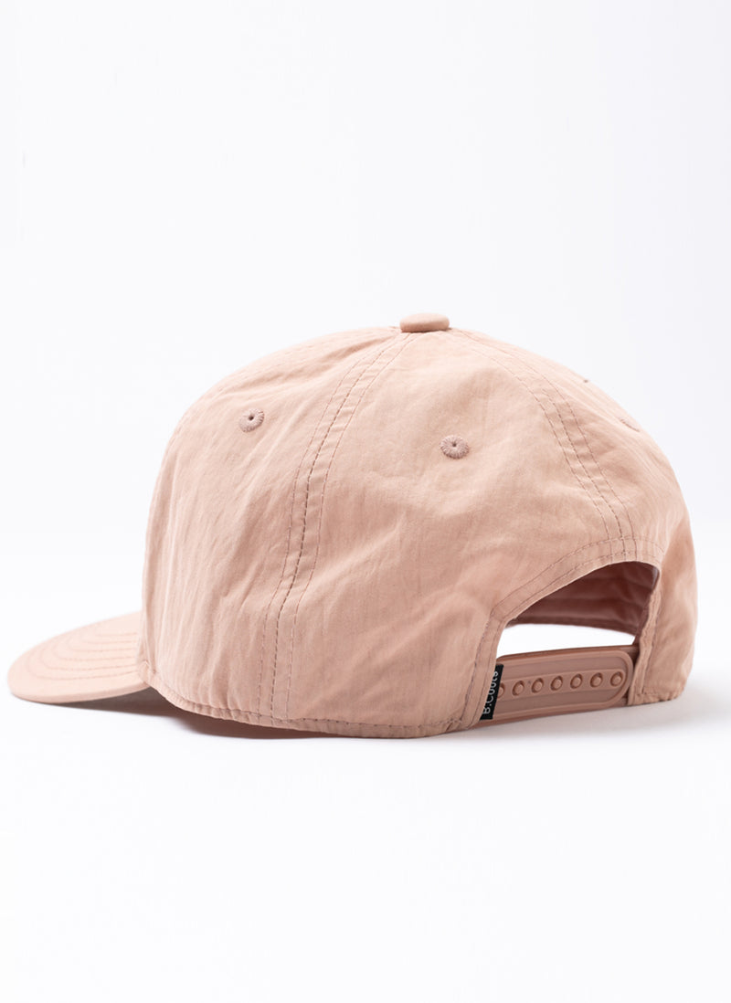 Leisure Club Nylon 5-Panel Pink