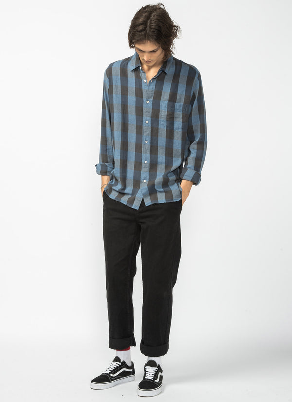 Cabin Long Sleeve Shirt Black Plaid - Sale