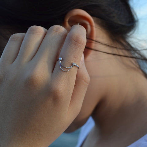 Luie Simple White Gold Ring