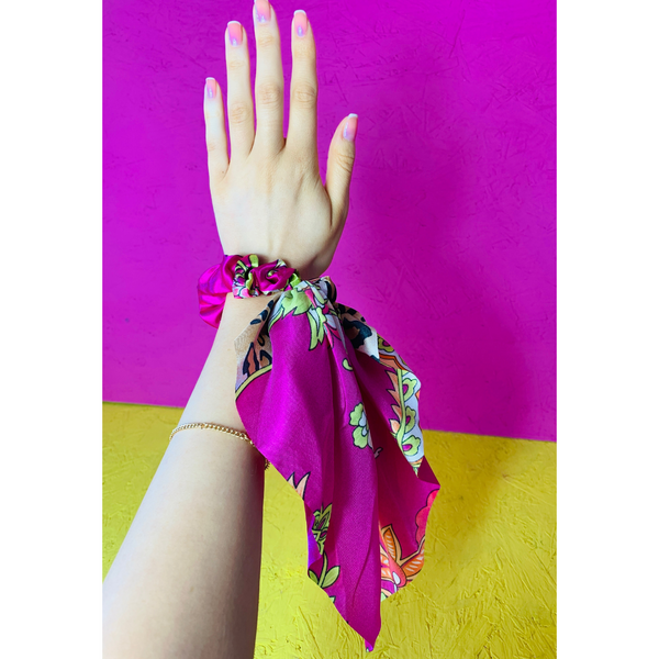 Printed Fuschia Diva Scrunchie