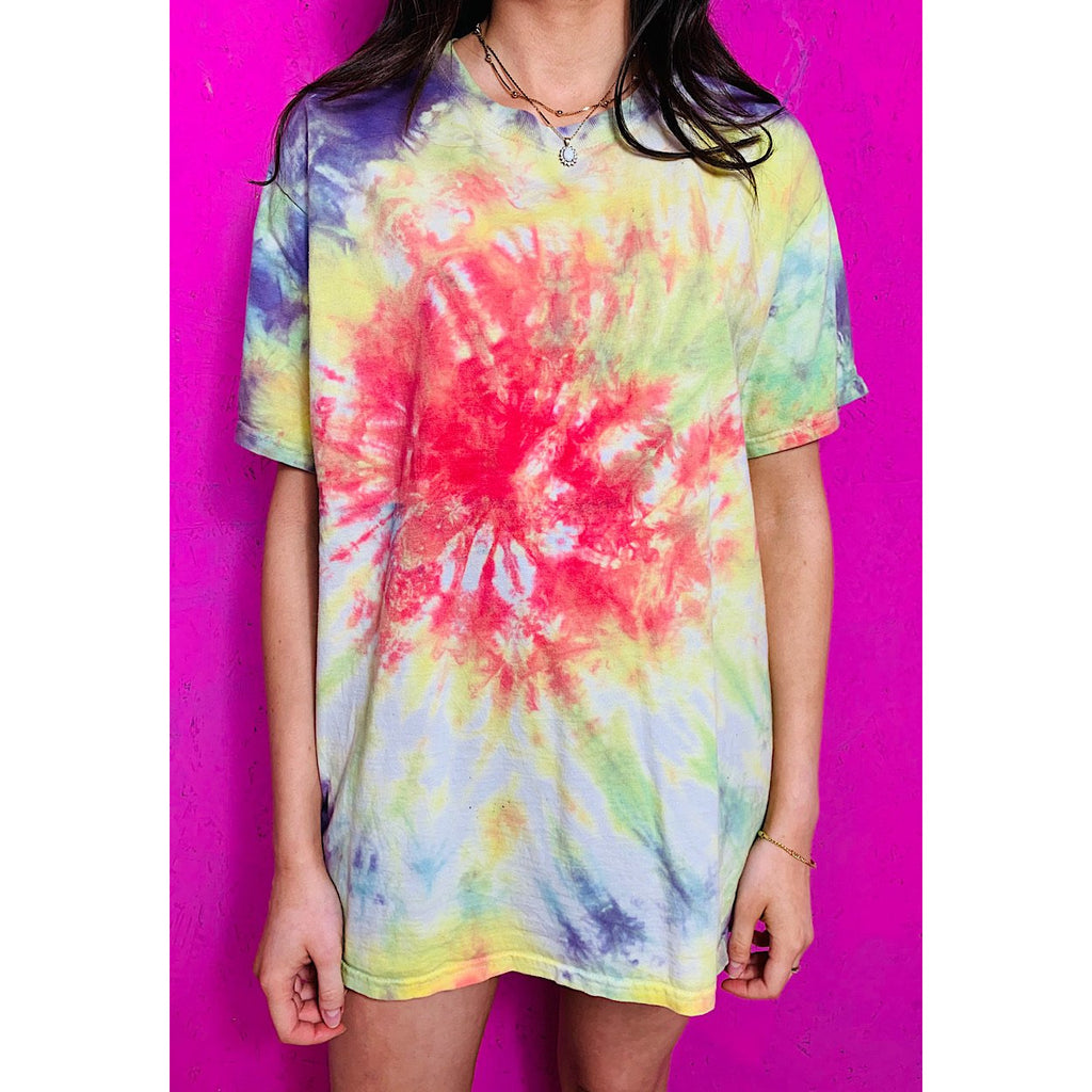 Vintage Tie Dye T-Shirt Medium Purple Green Red
