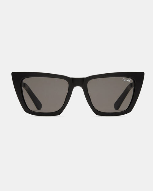 Quay Dont At Me Sunnies - Black/Smoke