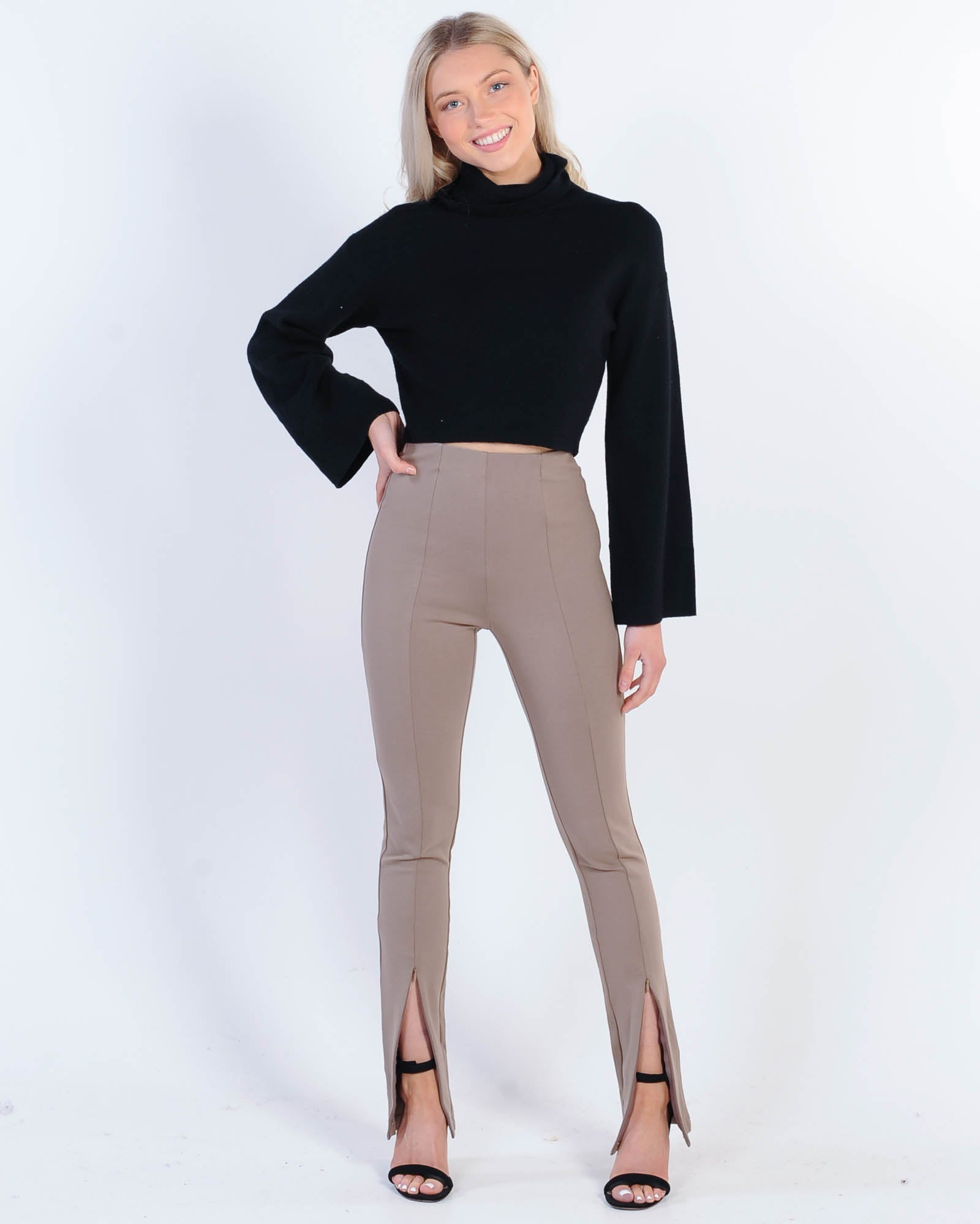 Madison The Label Henley Zip Pant - Taupe